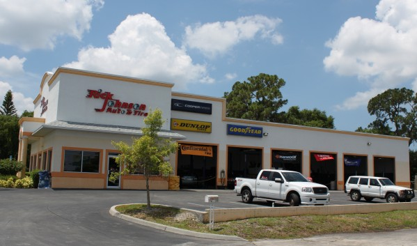 15530 S. Tamiami Trail, Ft. Myers