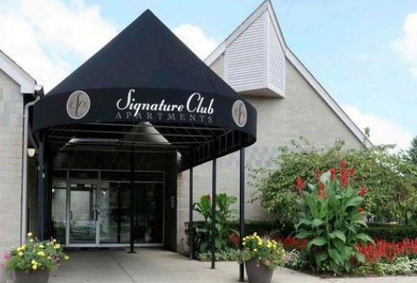 Signature Club Apartments